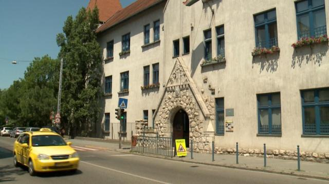 RTL Klub Híradó, 2017.06.02 - Iskolás lányokat akart elcsalni